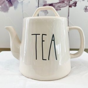 New Rae Dunn Teapot in White